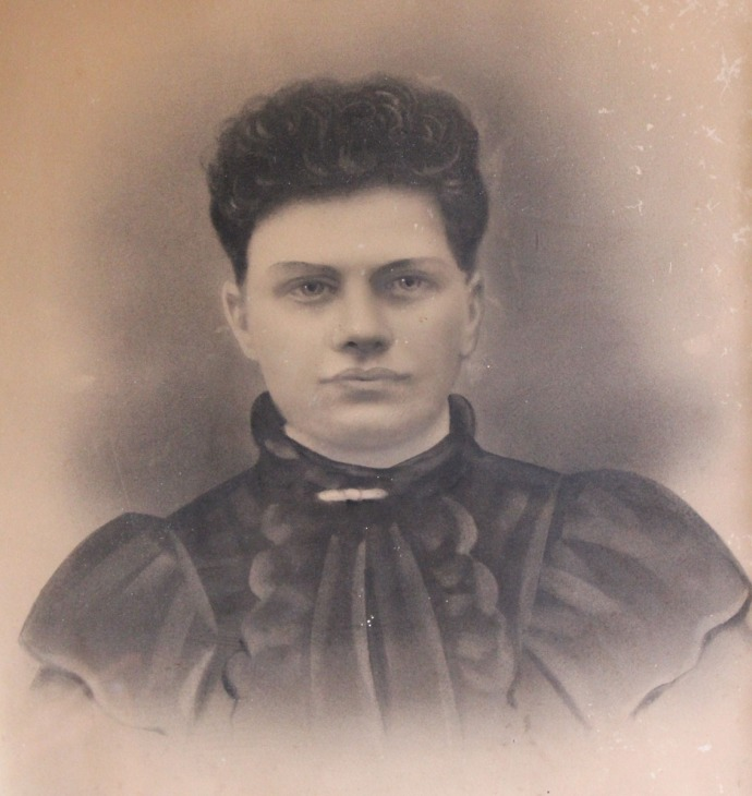 Elvira Palestine Horton Crosslin, wife of James Thomas Crosslin clsup