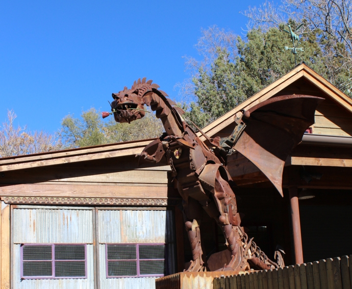 AZ, welded dragon next to HH