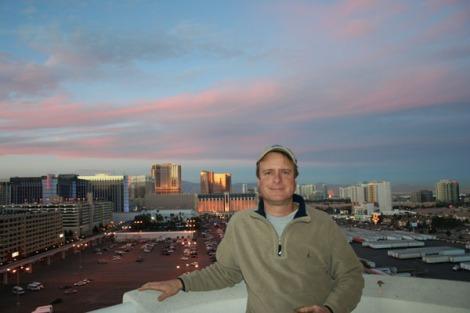 LV-Wally on balcony