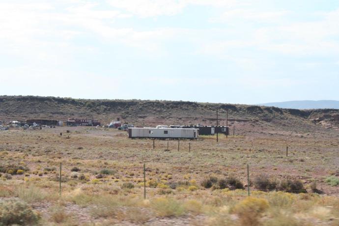 Navajo trailers, res