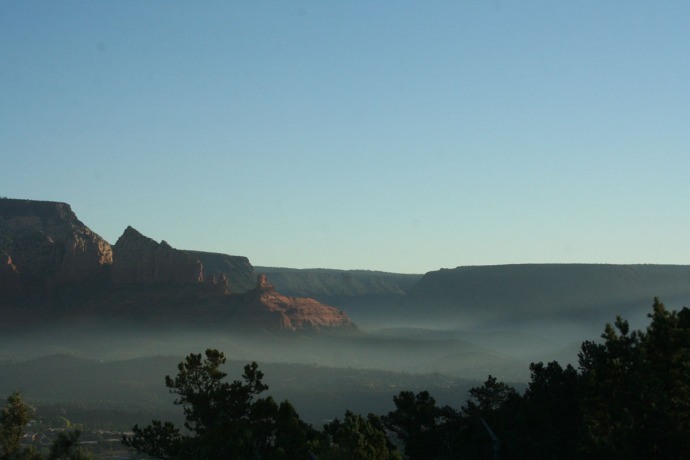 sedona sunrise, fog in oak ck vall