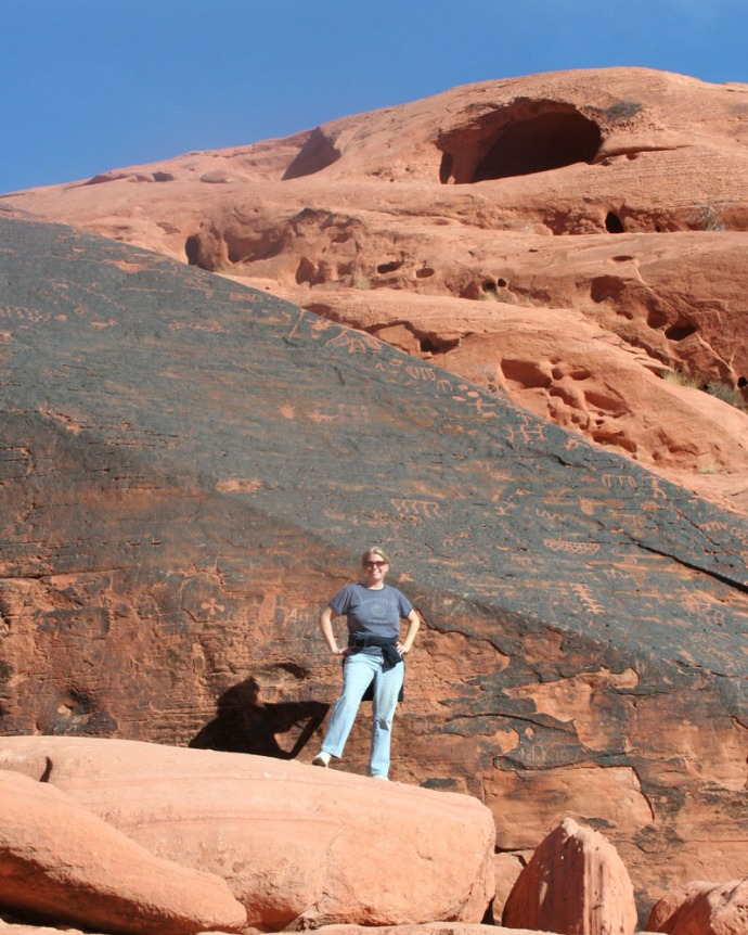 valley of fire mouses tank, jamie vert petro wall