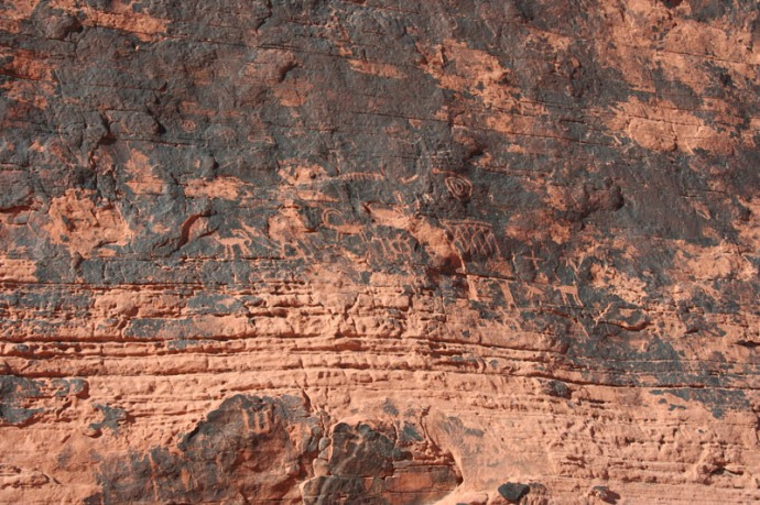 valley of fire petro, mouse's tank walls