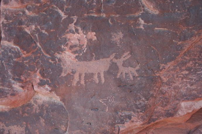 valley of fire petroglyph deer