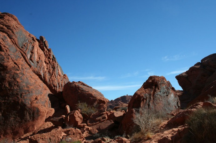 valley of fire rock walls