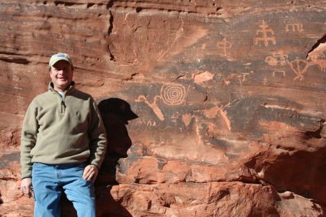 valley of fire wally w:petroglyphs