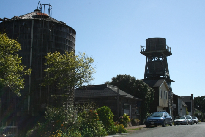 Mendo-water towers