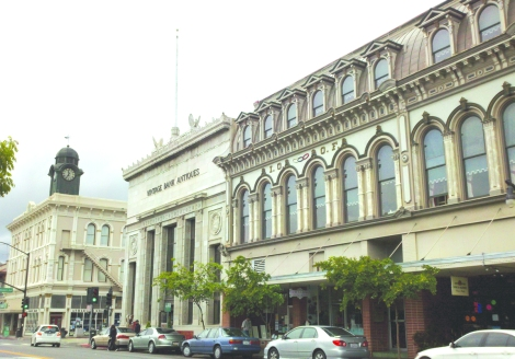 Petaluma antique bldgs