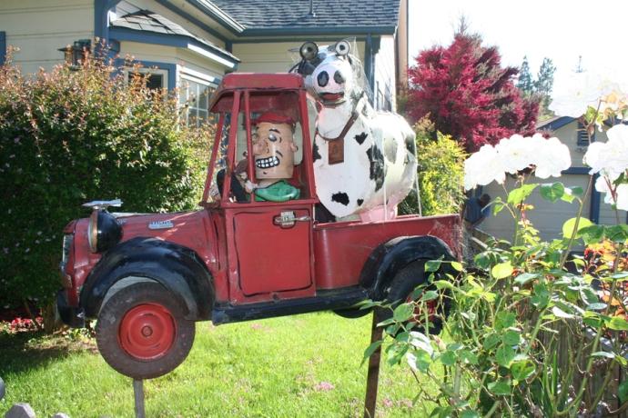 Sebast art-cow in truck