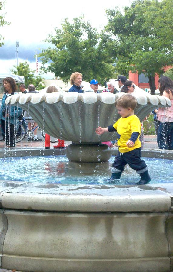 Sebastapol boy in fountain