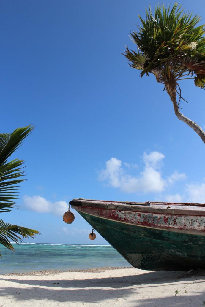 Smugglers Boat vert