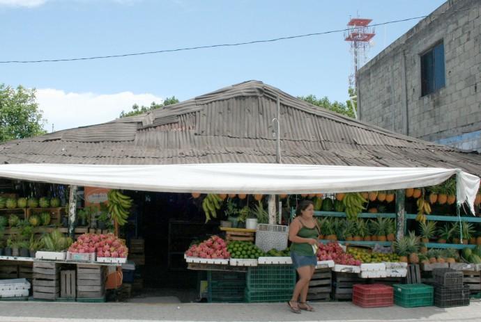Tulum fruit stand