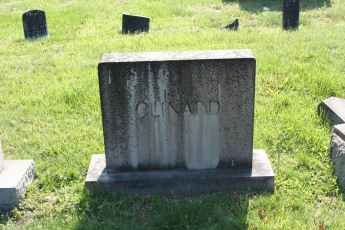 AC Prim Baptist, Clinard tombstone