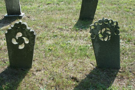 AC Prim Baptist, decorative cut headstones