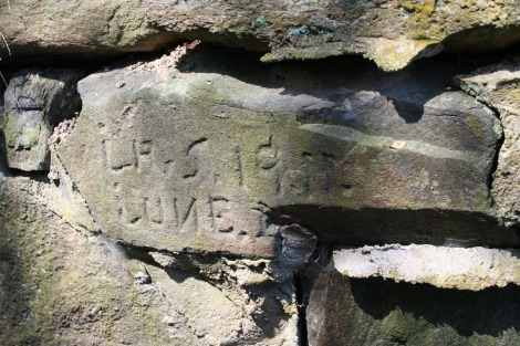 Spurgeon house cut stone, wellhouse