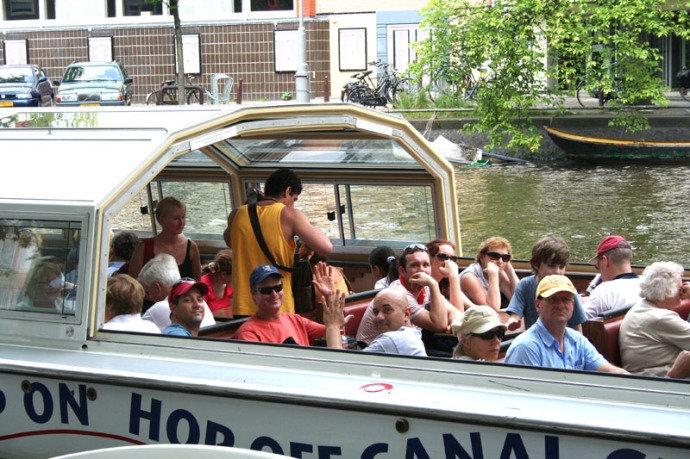 ams-guys in canal boat
