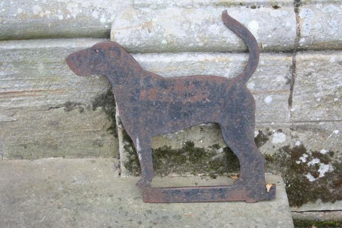 Egling dog boot scraper