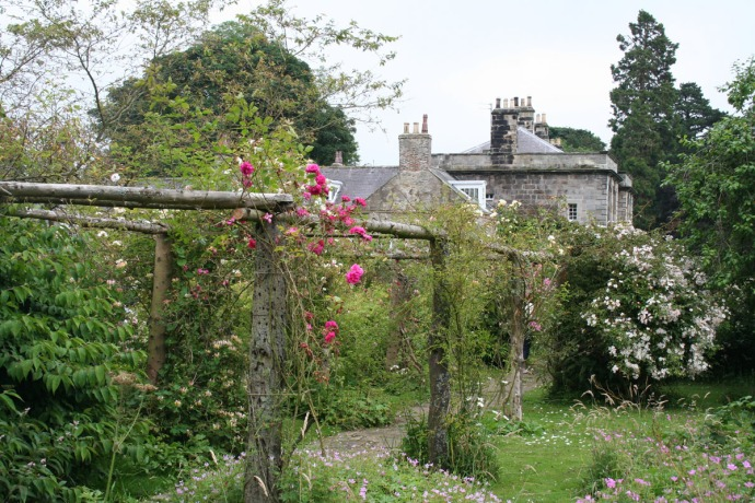 Egling rose arbor, house