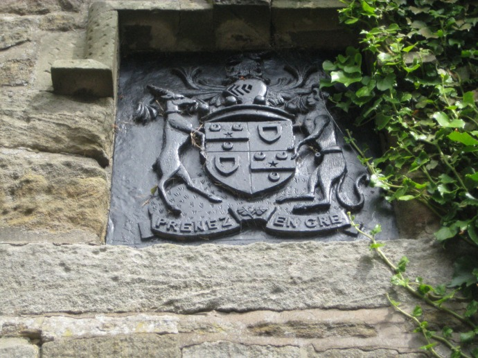 Eng, Ogle Castle coat of arms on ch