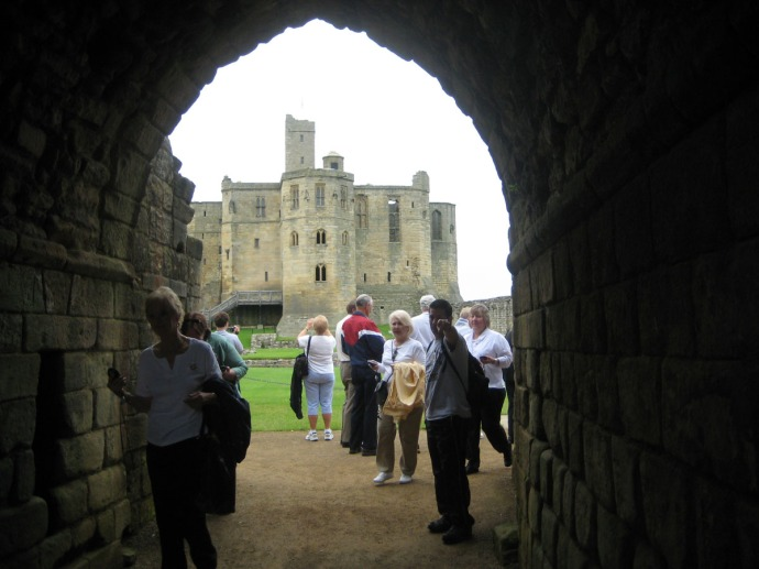 Eng, Warkworth Castle gate view