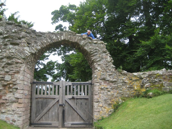 Eng, Warkworth, Jim on gate