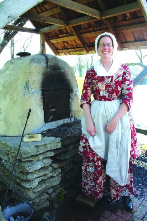 manskers, baker at oven