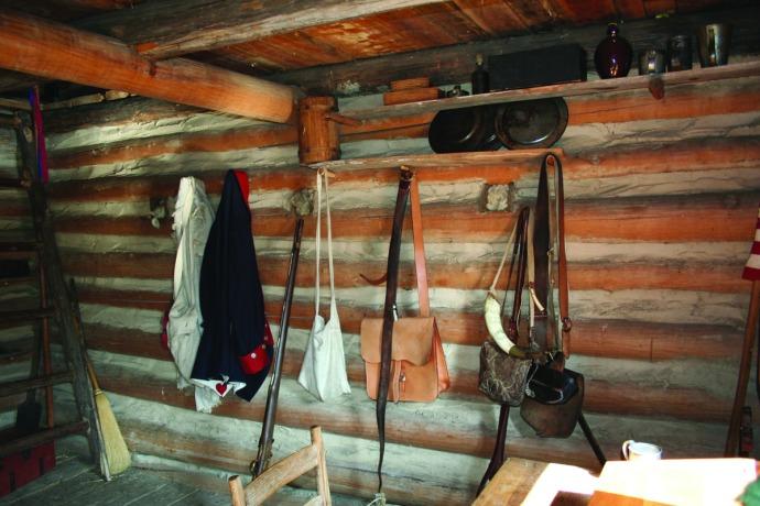 manskers, cabin int wall, hooks
