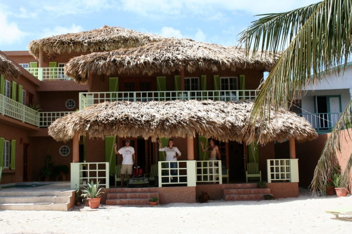 Belize, Caye Casa waves