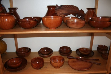 Belize round turned wood bowls