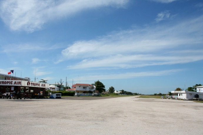 Belize, San Pedro Tropic Air air strip