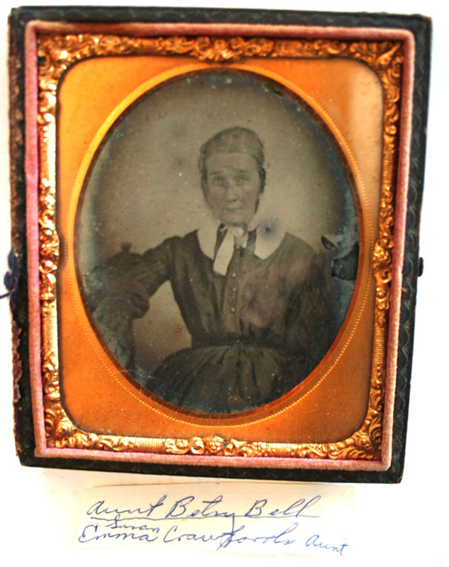 Betsy Bell, Emma Crawford's Aunt