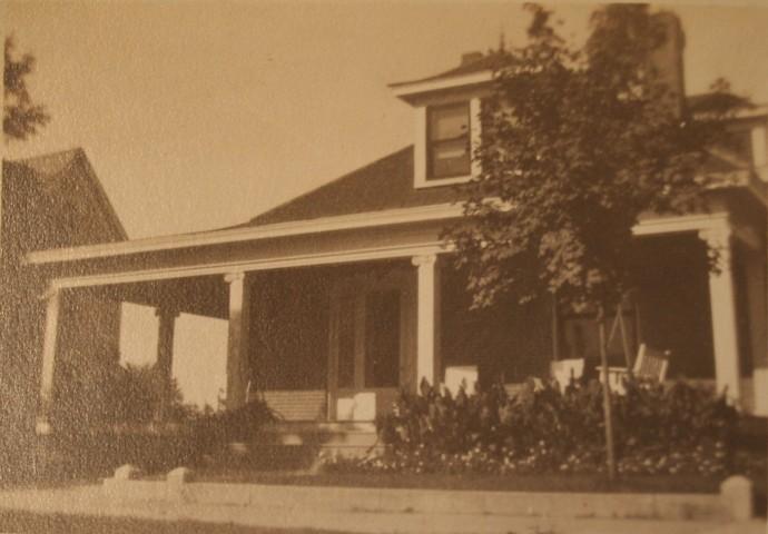 Head House, Walnut St, Springfield, TN