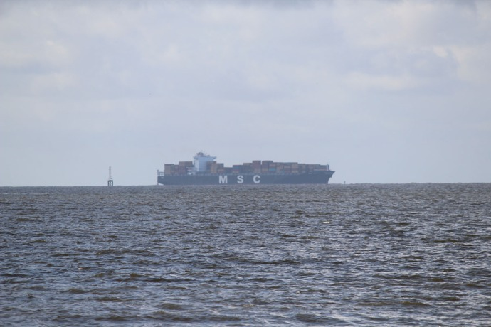 Daufuskie container ship