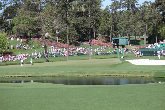 Masters pond to crowd