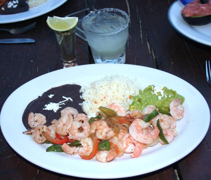 Buena Vida, shrimp platter