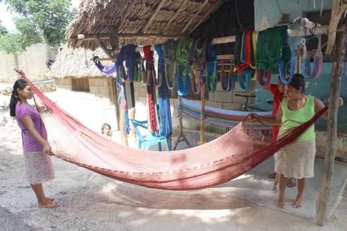 Ek Balam hammock ladies 1