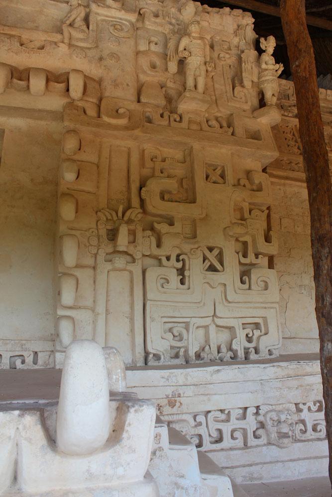 Ek Balam tomb, right of jaw, angels
