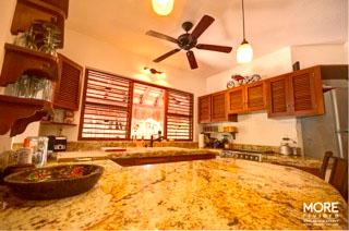 Lu'um kitchen