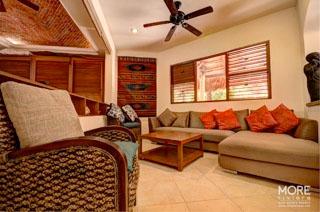 Nah Lu'um living room