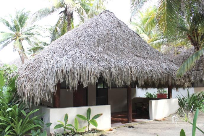 Maya Tulum massage palapa