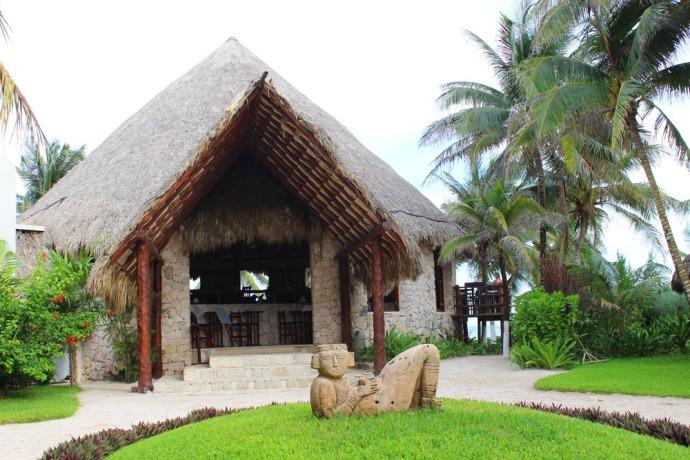 Maya Tulum statue and restaurant