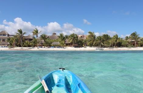 Nah uxibal from water, kayak pting