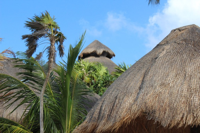 Nah Uxibal palapa tops clsup