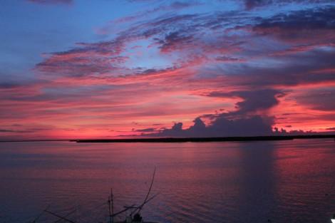 Rio Lagartos sunset octupus boat front