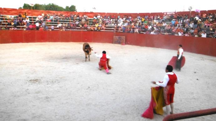 San Felipe bullfight 3 matadors