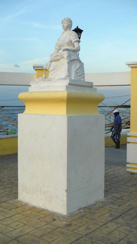 San Felipe woman statue