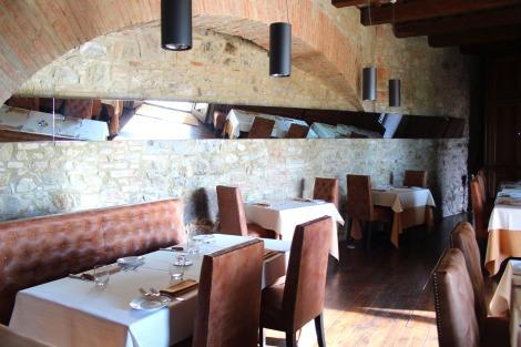 Griffins Resort San Michele restaurant dining room