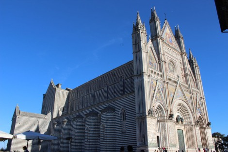 Orvieto Duomo di Orvieto side