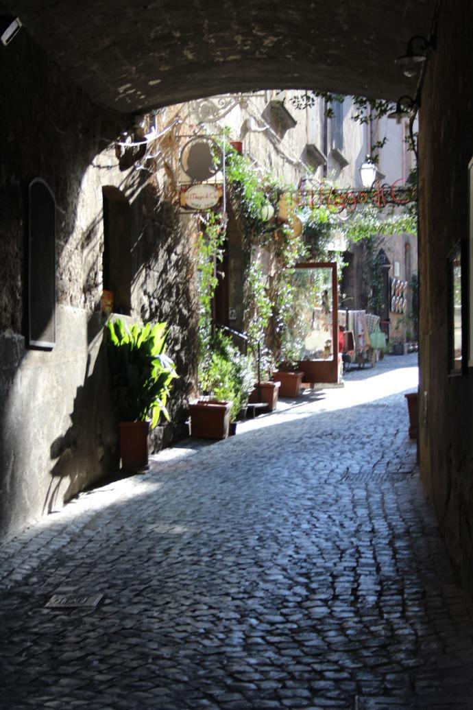 Orvieto inviting alley