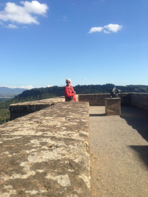 Orvieto, Jamie on fortress wall